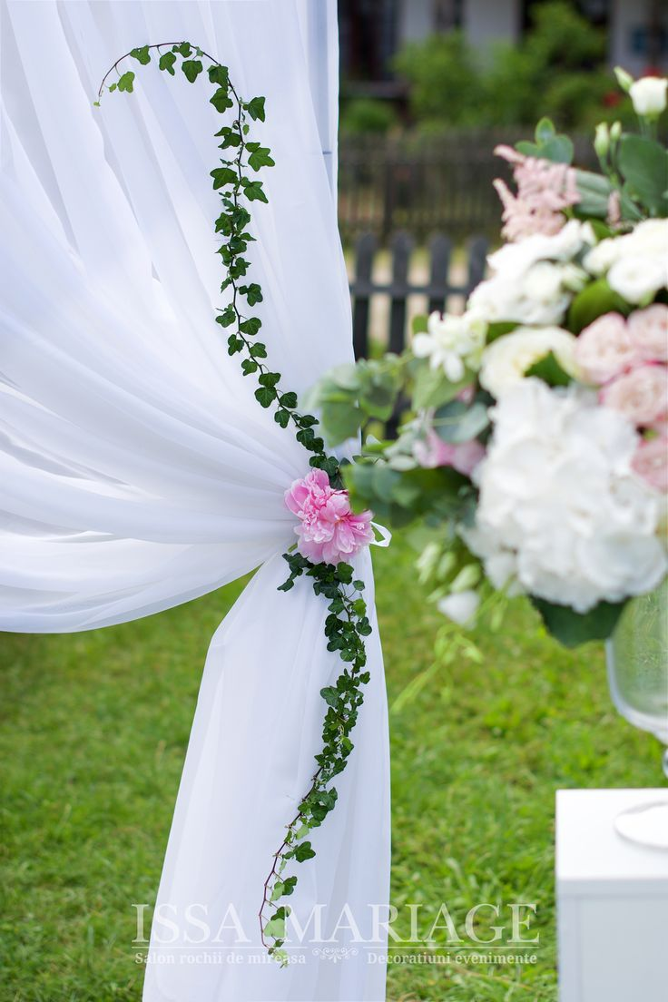 Aranjament floral hortensia bujori Valcea IssaEvents