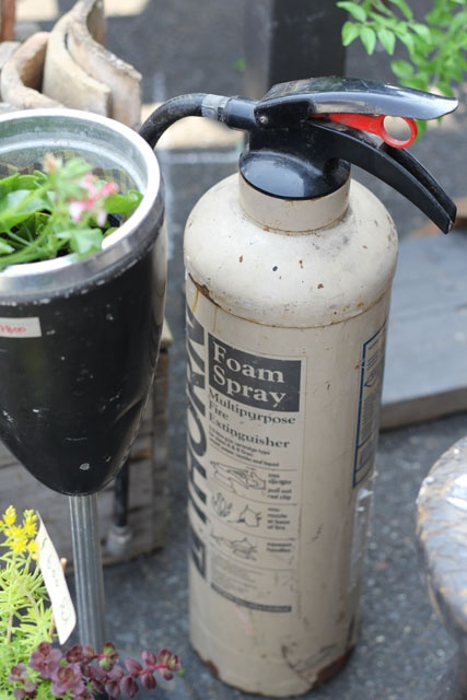 vintage foam extinguisher, (gambari marché)