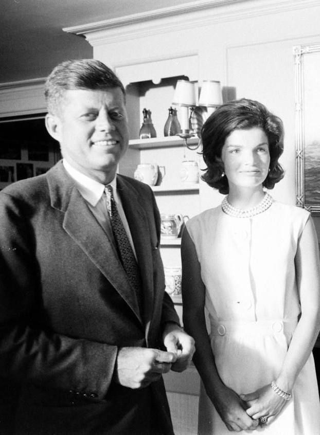 """america-runs-on-kennedy: """" Jack and Jackie Kennedy at the Kennedy compound, 1960. """""""