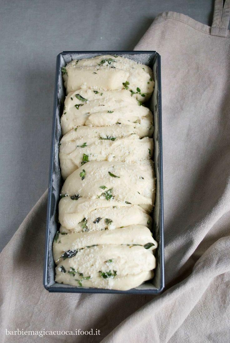 Pull apart bread alle erbe aromatiche