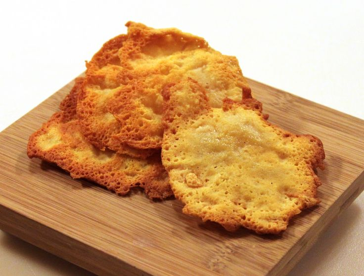 Cheese crisps, an easy low carb Atkins recipe - ingredients: shredded cheese, non-stick skillet, spatula