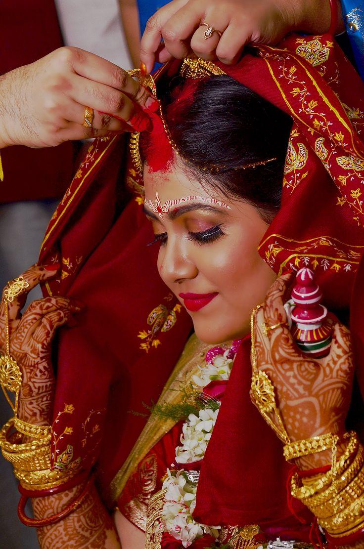 Lojja Boron - Bengali #Wedding.. #bride #weddingday #India #beautiful #marriage #groom #photography