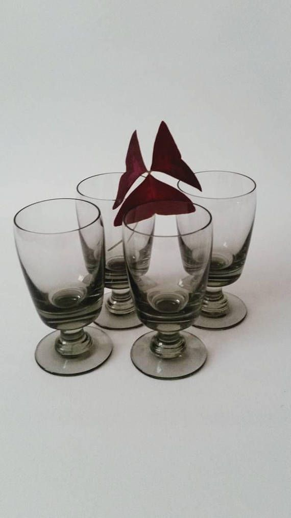 Holmegaard 4 'Almue' white wine glasses