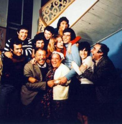 Münir Özkul , Adile Naşit , Tarık Akan , Şener Şen , Halit Akçatepe