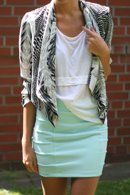 great jacket, mint skirtFashion, Mint Green, Summer Day, Mint Skirts, Black And White, Street Style, Outfit, Jackets, Black White