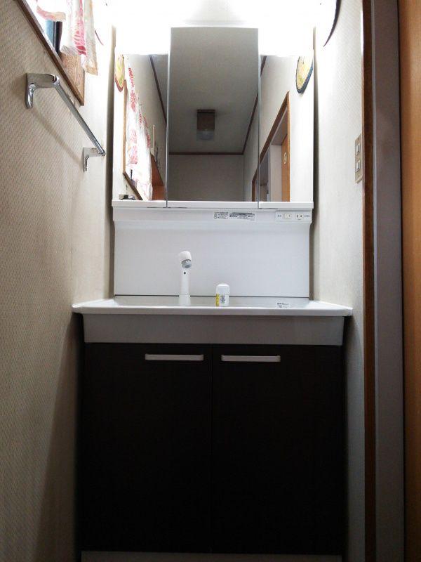 TOTO洗面化粧台 Vシリーズの施工例