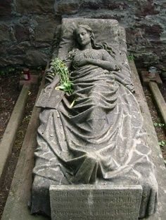Famous Cemetery Statues | Old Cemetery, since 145 years this grave is decorated with fresh ...