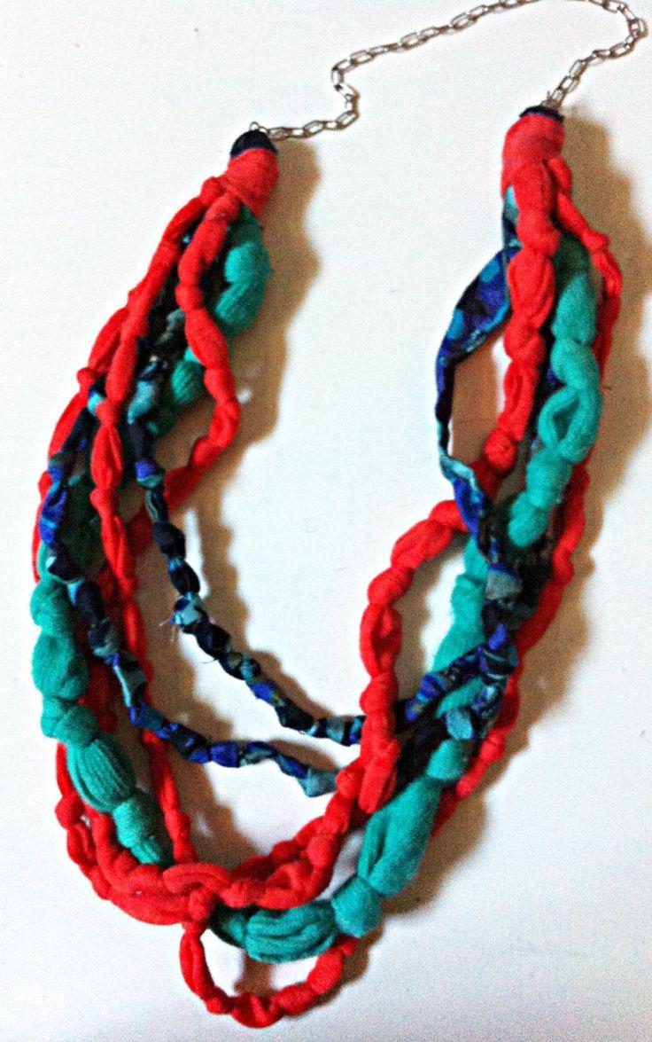 Fabric Necklace (type3)*knots knots 1-handmade-by giuvaDesign di GiuvaDesign su Etsy