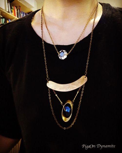 Current mood. #layerednecklace www.PigeonDynamite.etsy.com 一点限定のネックレスを重ね付け✨#pigeondynamite #oneofakind #necklace #etsy #etsyshop #jewelryinnyc #madeinnyc #世界にひとつだけ #クォーツ #rainbowquarz#upcycledjewelry #valentinesdayjewelry #レインボークォーツ#クリーマ#ニューヨーク#ネックレス#重ネヅケ #アクセサリー#ハンドメイドジュエリー#ヴィンテージジュエリー#レイヤードネックレス#レイヤー