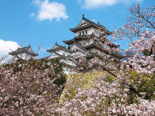 Un castillo blanco (Castillo de Himeji, Japón)