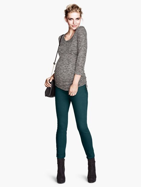 Hunter Green Pants + Boots + Sweater #FallMaternityFashion