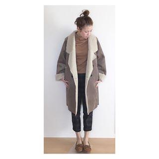 . #coordinate#code#fashion #ootd#outfit#style#コーデ#m__code #フェイクムートン#ムートンコート #モカシン#キャメル#KBF#ママコーデ
