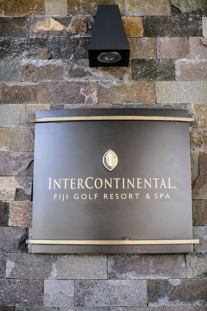 Andrea and Matt – InterContinental Fiji Golf Resort and Spa