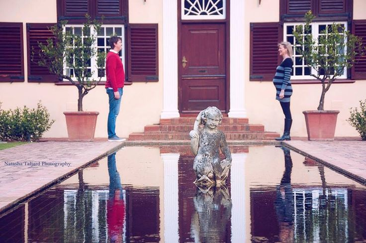 Maternity, statues, reflection, baby.