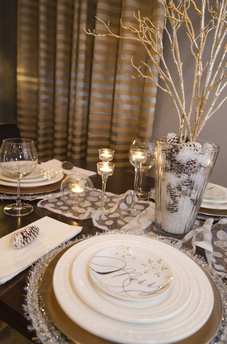 Christmas table decorations gold - Snow White Silver Gold Pinecones Christmas Table Setting 2013