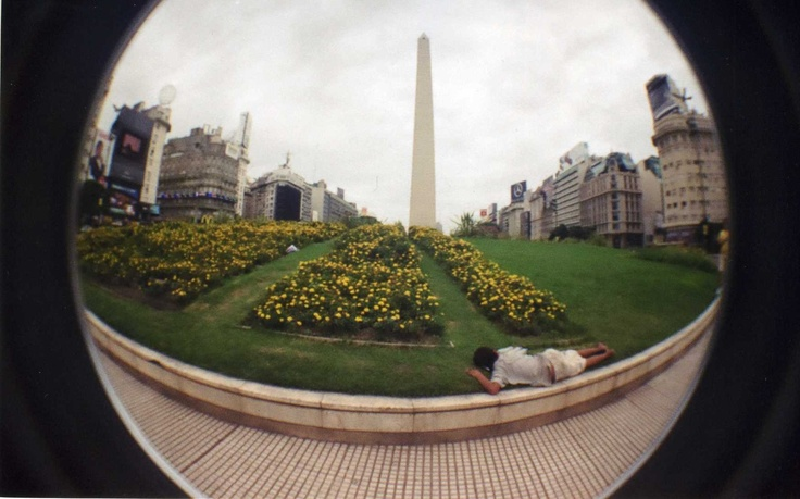 Buenos Aires (and the little boy sleeping on the Obelisco)