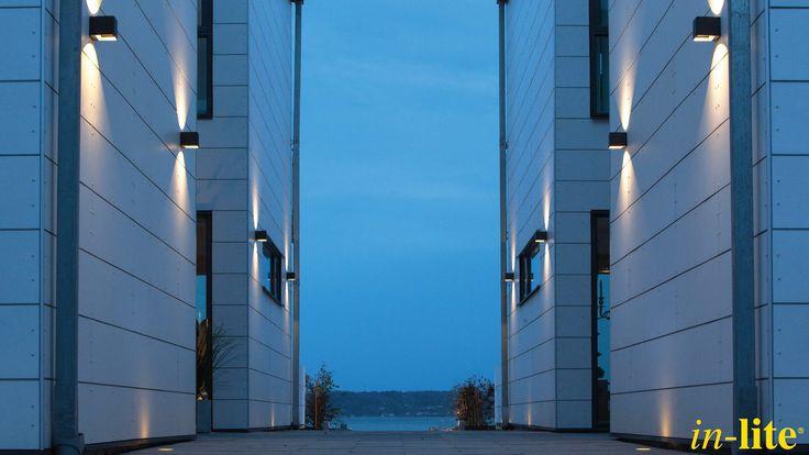 ACE UP-DOWN DARK 100 - 230V | Outdoor Lighting | Design | Sweden | Grondspot FUSION | Warm White | Inspiratie | Tuinverlichting