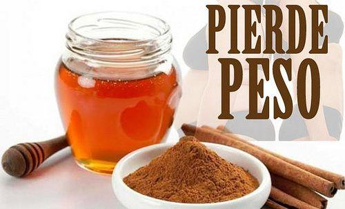 adelgazar-c-miel-y-canela1 -- 2 cucharadas d miel, 1 cuch d canela, 250 ml d agua. Además d bajar d peso, podrás subir las defensas, mejorar la digestión, cuidar las articulaciones, prevenir enfermedades cardiovasculares, tratar el insomnio y el agotamiento o aumentar la lívido. Éstas son algunas d las propiedades q nos aportará esta mezcla.
