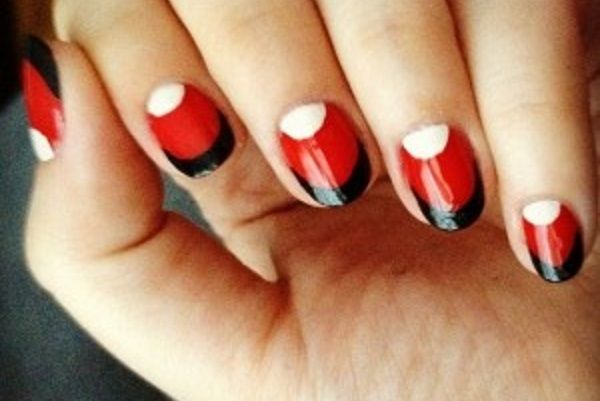1 Red Nail Designs That Are Anything BUT Boring - http://slodive.com/nails-2/18135/