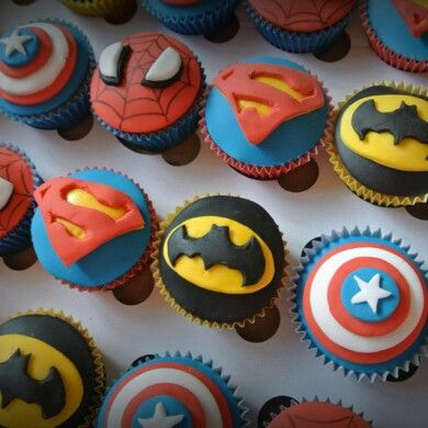 Super heroes Cup cakes