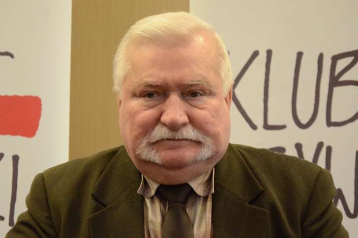 Wałęsa w okropny sposób skomentował rekonstrukcję rządu. Przesadził
