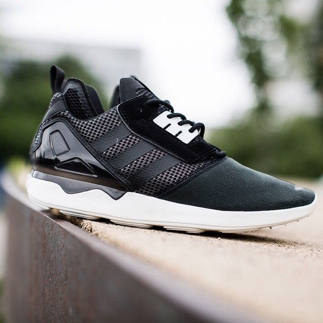 adidas Originals ZX 8000 Boost Core Black