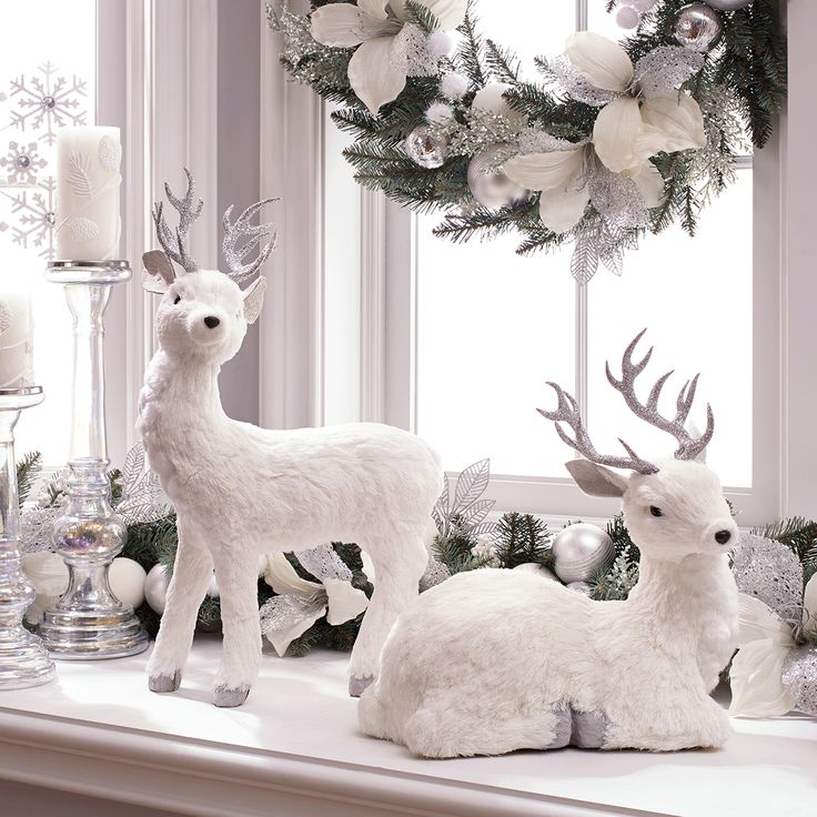 Best 25+ Reindeer Decorations Ideas On Pinterest