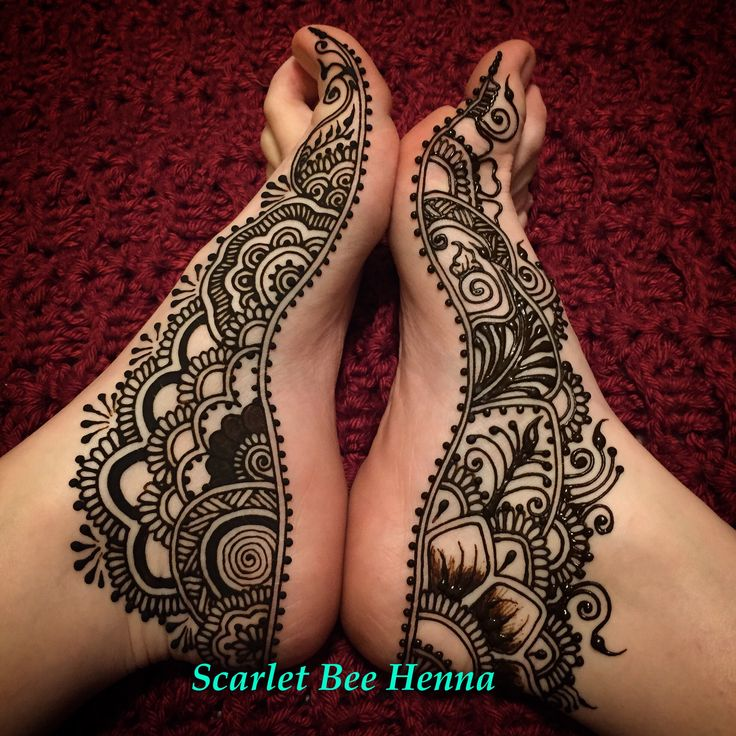 I love beautiful foot henna in the cold winter months. Scarlet Bee Henna