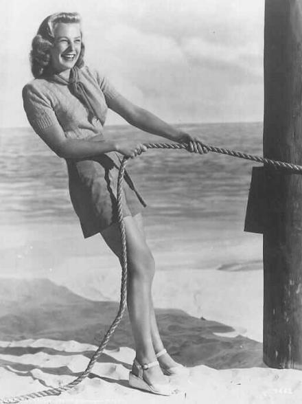 """Résultat de recherche d'images pour """"June Allyson nue"""""""