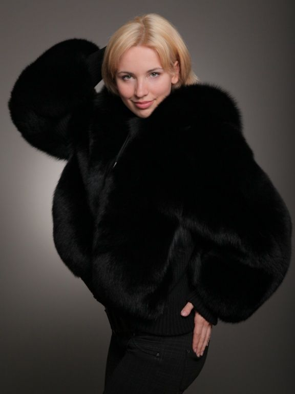 Blowjob In Fur Coat