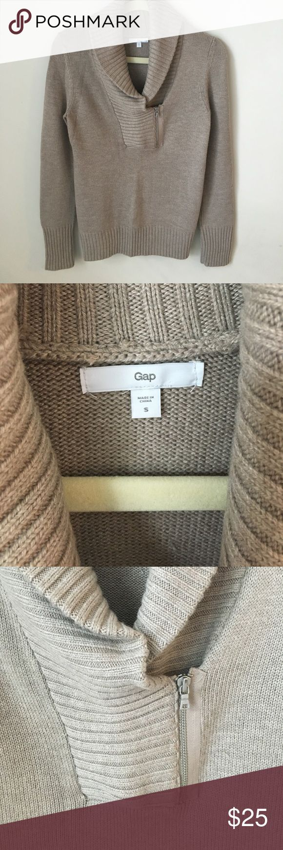Gap sweater Thick and cozy Gap sweater! Beautiful taupe color. Great for fall with jeans are leggings. Great condition! Stored in smoke free home! GAP Sweaters Cowl & Turtlenecks