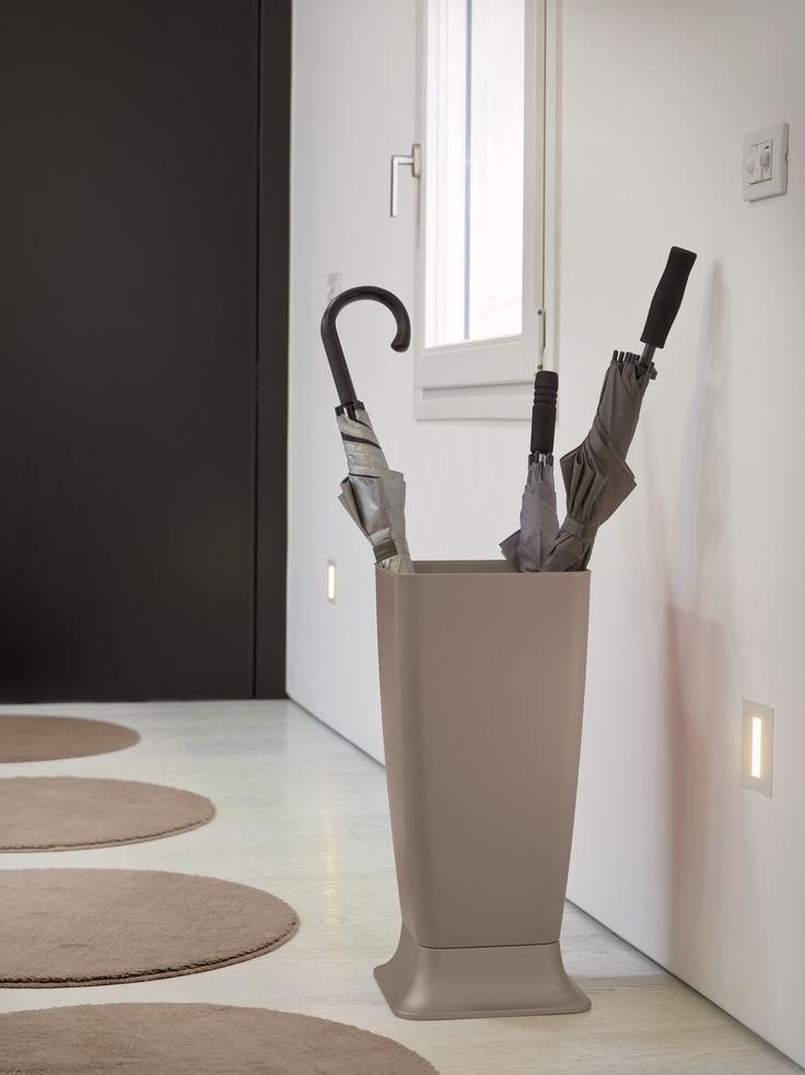 Stefanplast portaombrelli zeus grigio porta ombrelli for Ikea portaombrelli
