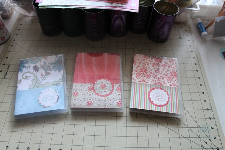 Clear Case Note Pad. This were made using a clear dvd case sold by Stampin up, they are fabulous, cut out a simple note pad, 3 lines from the bottom part; decorate with scrapbook paper and you have a fabulous pad for your purse, so multiuseful :) ( is that a word?) ;LOL