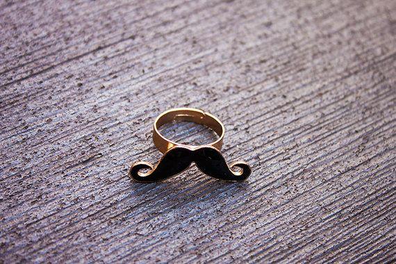 Bague moustache noire cuivrée