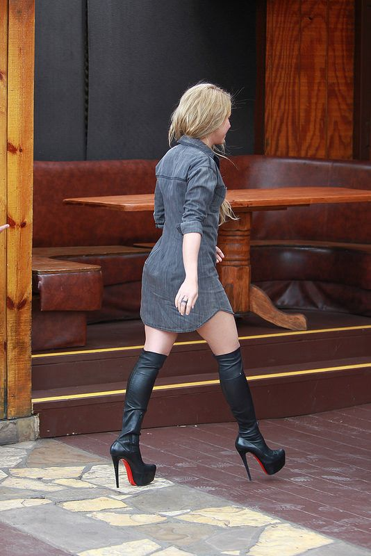 Shakira 43 | by Celebrities in High Boots