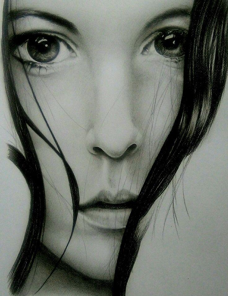 Retrato, carboncillo y Lápiz de color negro.