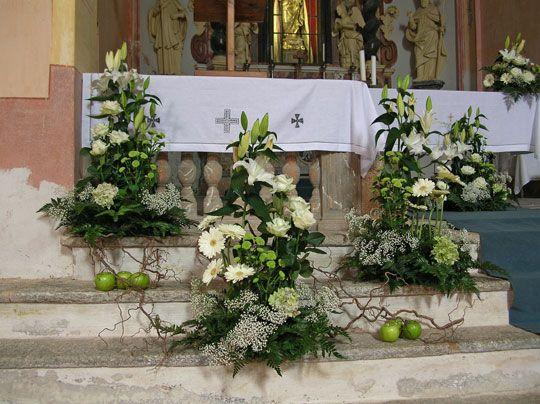 Fiori Per L Altare Szukaj W Google Kompozycje Kwiatowe