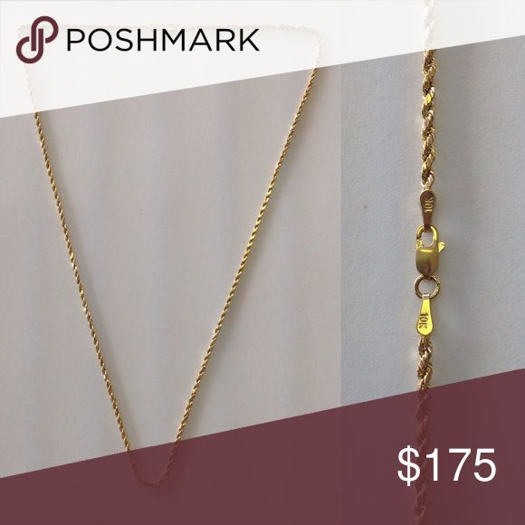 """10K Gold Rope Chain Necklace 10K Gold Rope Chain Necklace. 22 1/2"""" long. Marked 10K. 10K Gold Jewelry Necklaces"""