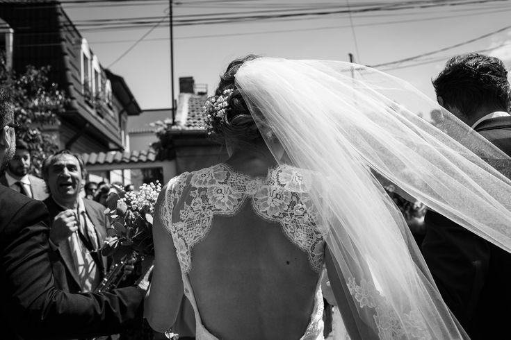 Have a look at this awesome wedding dress.  #weddingdress #brautkleid #veil #schleier #wedding #hochzeit #weddingphotography #hochzeitsfotos #hochzeitsbilder #bride #braut #weddingdetail #itsalrightma