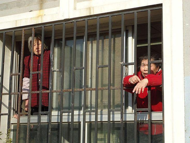 Peticionários de Pequim fogem de prisão negra   #CarolWickenkamp, #Fuga, #PartidoComunistaChinês, #Peticionário, #Prisão, #PrisãoNegra, #Repressão