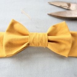 DIY bow belt tutorial (via momtastic) + other lovely things + a giveaway!