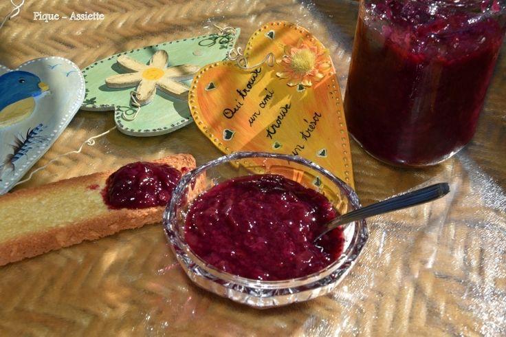 Confiture de raisin framboise aux graines de chia. (Recettes au Companion ou pas ...)