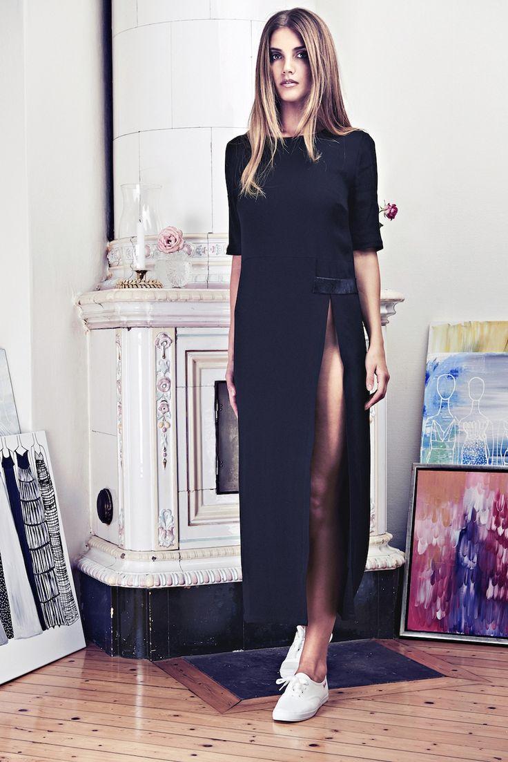 Lookbook SS15 Viktoria Chan fashion label, Scandinavian fashion, Black dress, very high slit