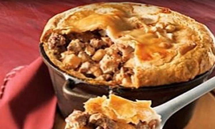 Aujourd'hui, on découvre enfin la VRAIE, l'unique et authentique recette de la tourtière du Lac St-Jean!