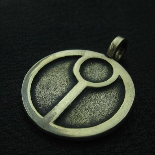 Bronze Tau pendant. Warhammer 40000. W40K. Science Fiction. Greater Good. #Pendant