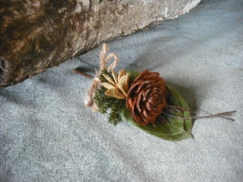 Great boutonneir idea