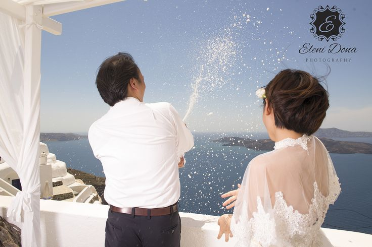 Wedding ceremony in Villa Eirini, Santorini island. Wedding planning by www.weddingingreece.com. Email info@weddingingreece.com