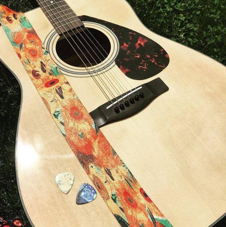 Pin By Daniel Sevesind On Guitars Guitar Guitar Strap Cool Guitar Picks
