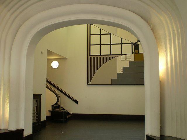 17 best images about art deco hallway on pinterest for Art deco interior design