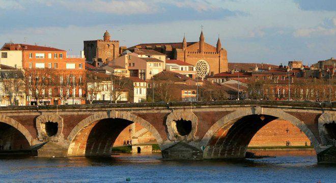 #france #франция #toulouse #тулуза #чтопосмотреть #достопримечательности #мосты Мост в Тулузе. Что посмотреть в Тулузе за 1 день?   Oh!France: поездка во Францию